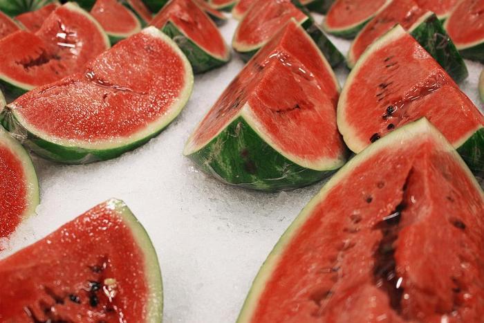 watermelon 5318965 1920